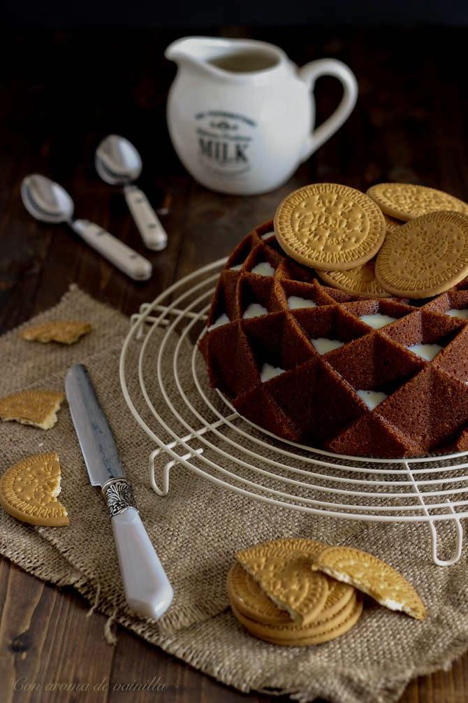 Buntd cake de galletas María y leche condensada
