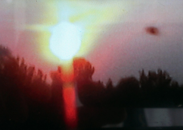 UFO News ~ Photo Of UFO During Sunset In Doncaster plus MORE Aztec%252C%2BMayan%252C%2BWarrier%252C%2BUK%2Btime%252C%2Btravel%252C%2Btraveler%252C%2BLas%2BVegas%252C%2BUFO%252C%2BUFOs%252C%2Bsighting%252C%2Bsightings%252C%2Balien%252C%2Baliens%252C%2BET%252C%2Bspace%252C%2Bnews%252C%2Btech%252C%2Bcell%2Bphone%252C%2Bphone%252C%2B11%2Bcopy1