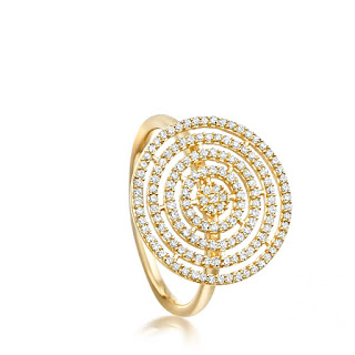 The sales are always a great time to pick up investment pieces for a fraction of the full price. This Astley Clarke Aurora icon aurora ring is currently on sale for £695. This might still seem pricey but when you consider it's 14ct gold, not vermeil and it's set with 0.41ct white diamonds in a beautifully modern pave setting that's not a bad price at all.