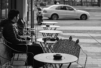 coffee break with sparrows street photography