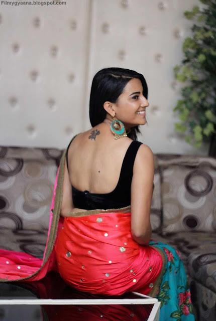 jyoti sethi hot backless black blouse image
