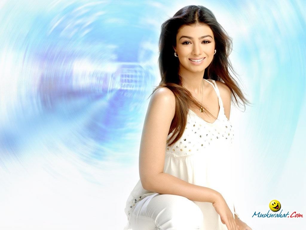 Actress Hot Stills Ayesha Takia Desktop Wallpaper-5721