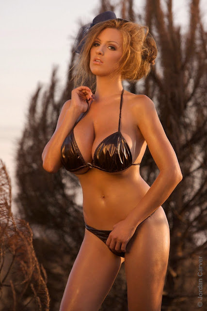 Jordan-Carver-Scorched-HD-photoshoot-and-sexy-hot-picture-3
