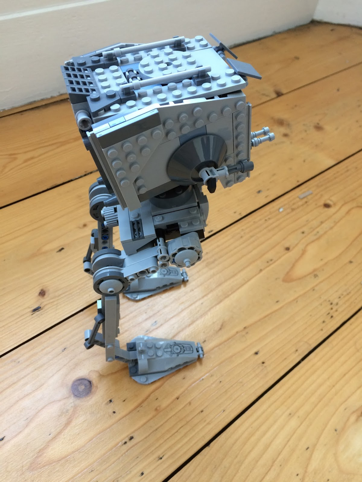 Lego 75153 Star Wars AT-ST Walker Building Set side view