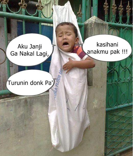 Download 580 Gambar Lucu Anak Kecil Digantung Terbaru