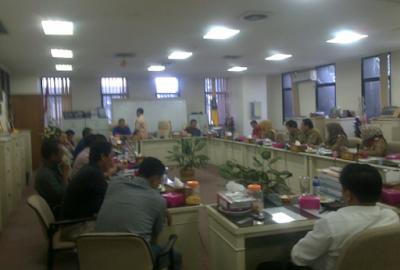 Adukan Nasib Buruh, Tim 11 PT Hanjung Indonesia dan LBH CIKA Lakukan Hearing Dengan Komisi V (Lima) DPRD Provinsi Lampung