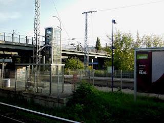 Bahnhof Hohenschönhausen - Regionalbahn - S-Bahn - Tram - Bus