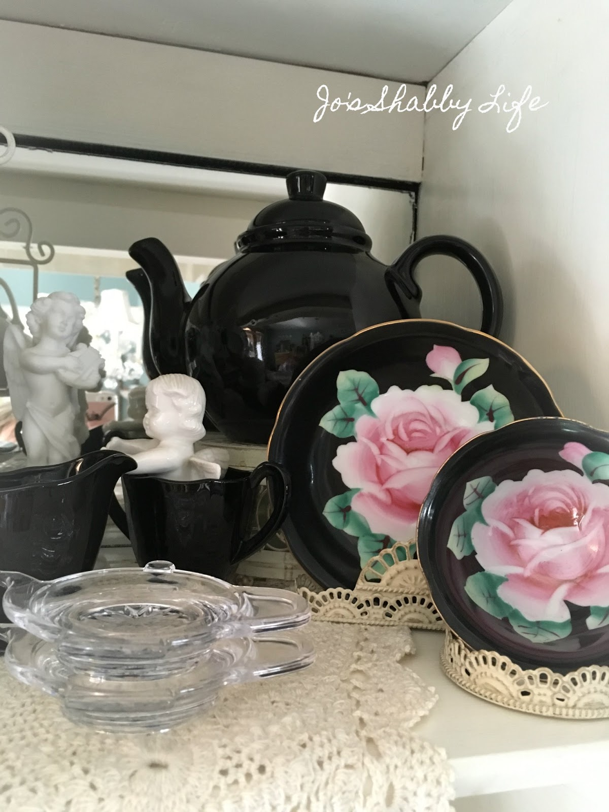 Jo's Shabby Life: Black Tea Cup Collection