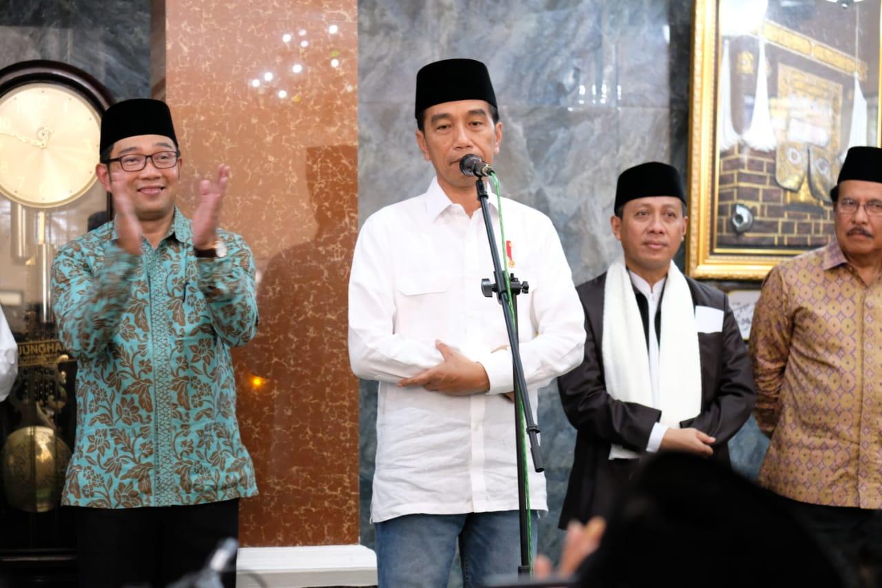 GARUT- di alun-alun Kecamatan Cibatu Kab. Garut telah dilaksanakan Kunjungan  Kerja Presiden Republik Indonesia Ir. Joko Widodo  5e2a1b196c