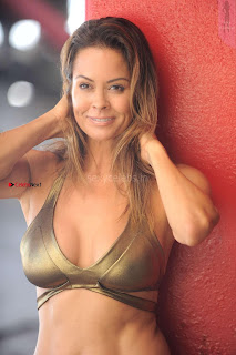 Brooke-Burke-In-Bikini-in-Malibu-14+%7E+SexyCelebs.in+Exclusive.jpg