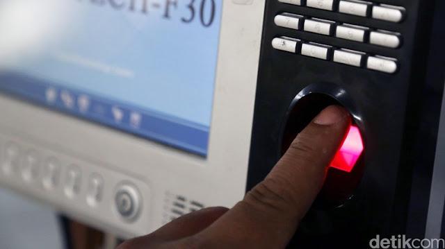 Absen Fingerprint Shalat Subuh di Kepri Ditentang Pejabat