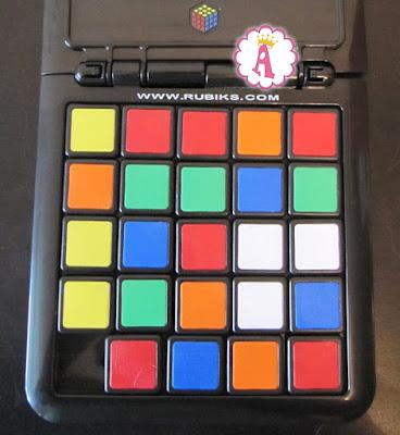 Как выглядит поле для настольной игры Rubik's Race кубик рубика