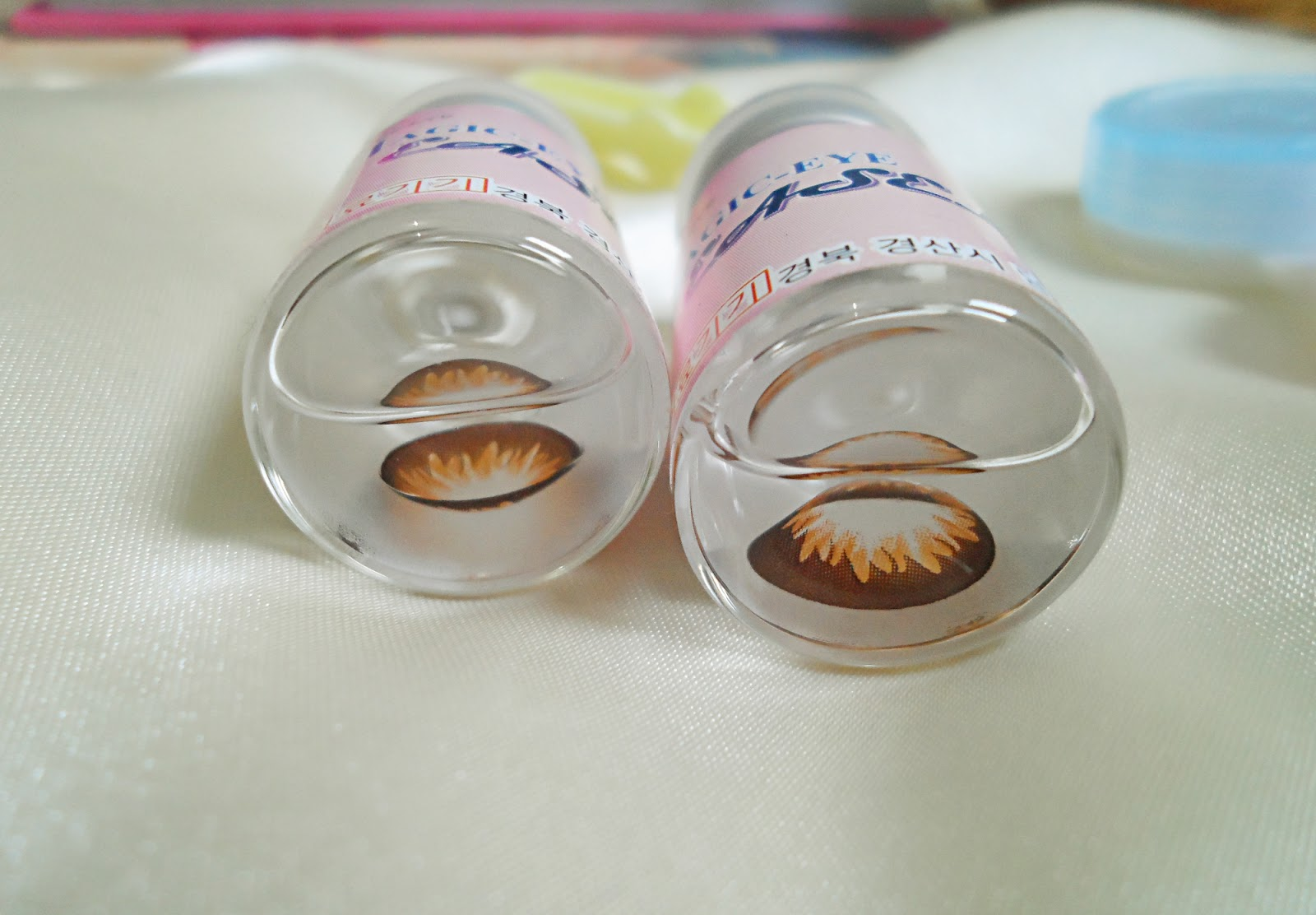 eye enlarging big anime eyes lens review pictures before after makeup gyaru makeup tutorial huge doll eyes