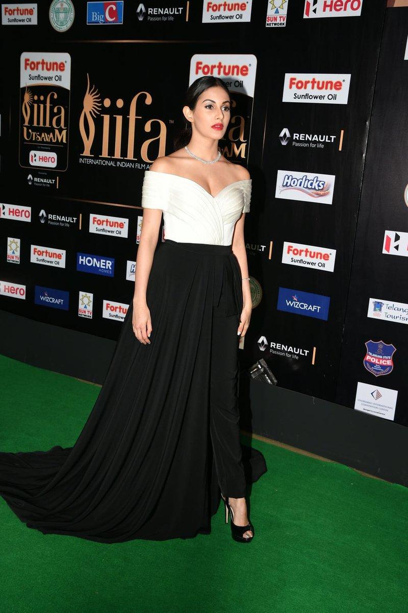 Amyra Dastur At Iifa Utsavam Glamours Pics