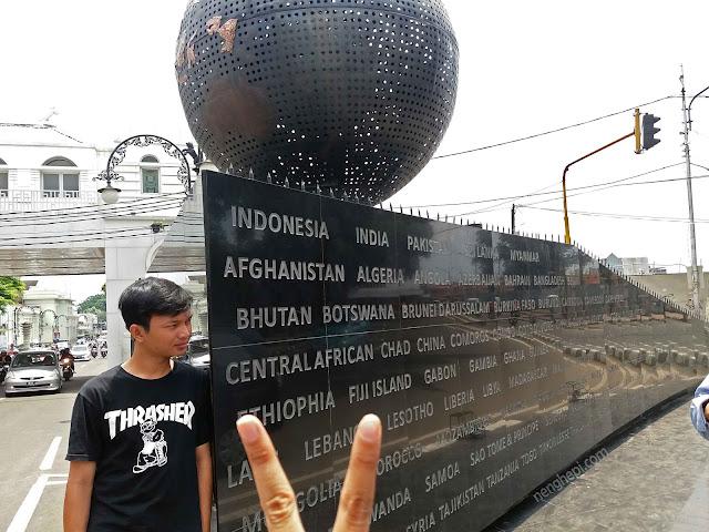 Monumen Solidaritas Asia Afrika - Wisata Kota Bandung