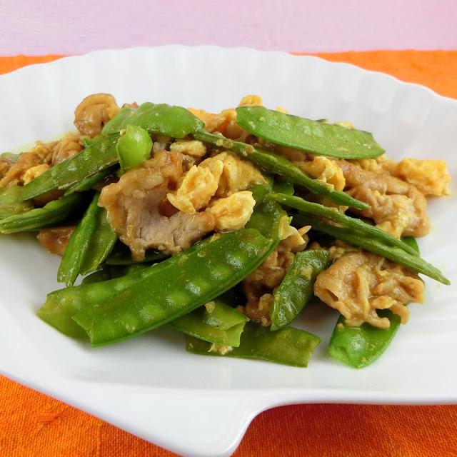 春野菜の絹さやたっぷり使った卵炒めのおかずレシピ