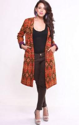 Gambar model cardigan batik panjang wanita modern