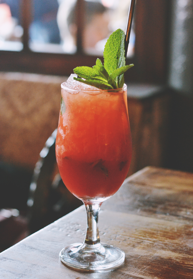 Smuggler's Cove Strawberry and Mint Crush