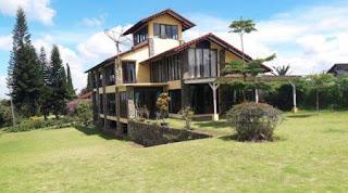 villa di lembang bandung untuk 40 orang