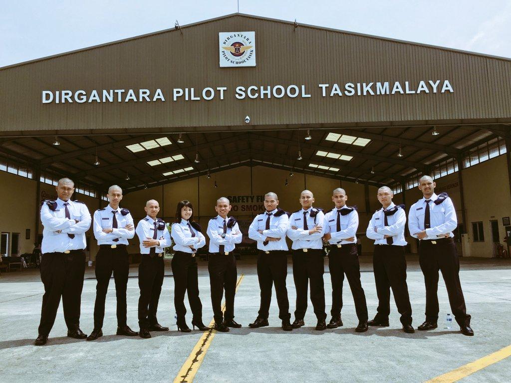 Sekolah Pilot