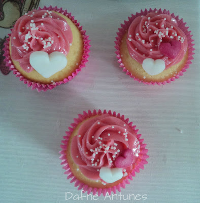 cupcakes da Barbie com corações