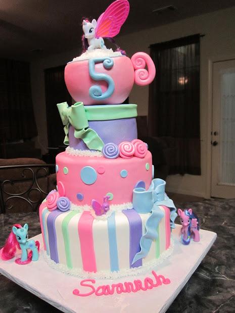 Mymonicakes Little Pony Teacup Cake