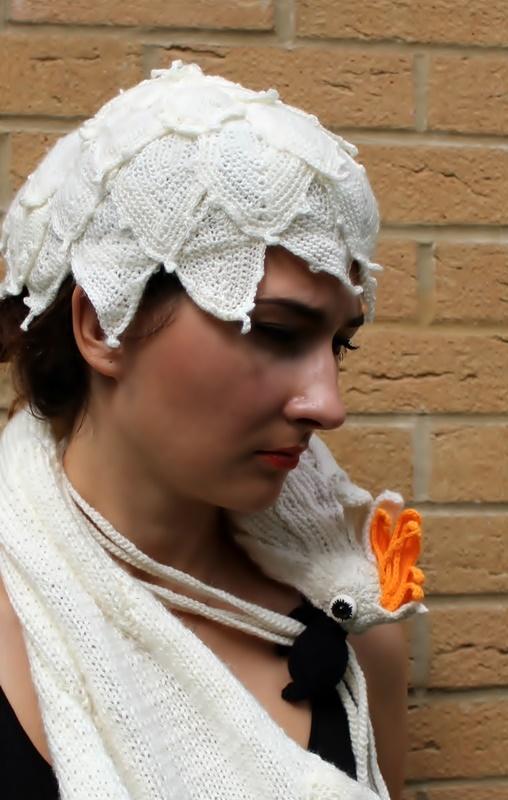 czapeczka i szal kakadu szydełkiem i na drutach