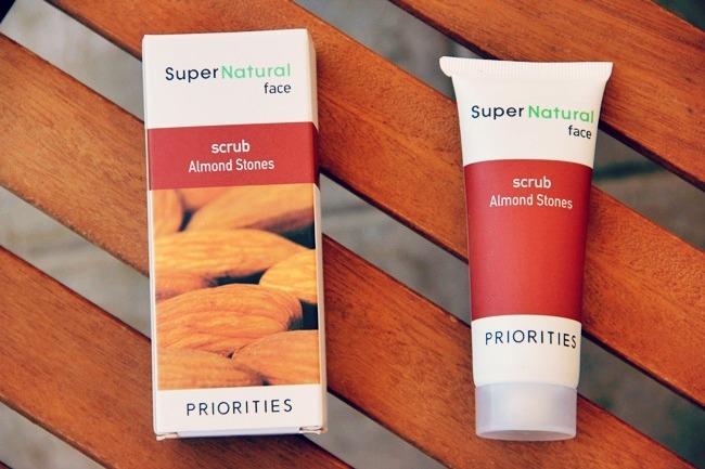 Sephora SuperNatural Almond Stones face scrub