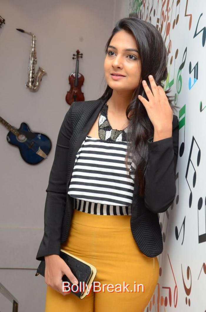 Neha Deshpande Pics, Tollywood Actress Neha Deshpande Hd Photoshoot 2015
