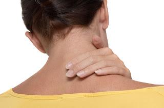 cara mengobati sakit leher tengeng