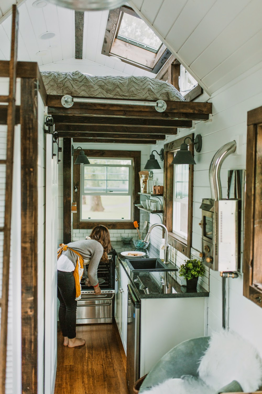 casa su ruote di lusso cucina