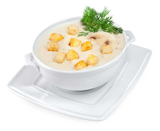 Картофель - 10 штук; Вода - 4 стакана; Соль - по вкусу; Тмин - по вкусу; Сливки - 1 стакан; Яйцо белок - 1 штука; Яйцо желток - 1 штука; Сметана - 1 стакан.