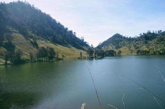Danau Ranu Kumbolo 2400 mdpl