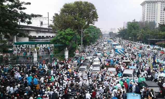 Pelarangan bus peserta aksi bela Islam itu tindakan pidana