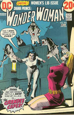 Wonder Woman #203, dogs attacking