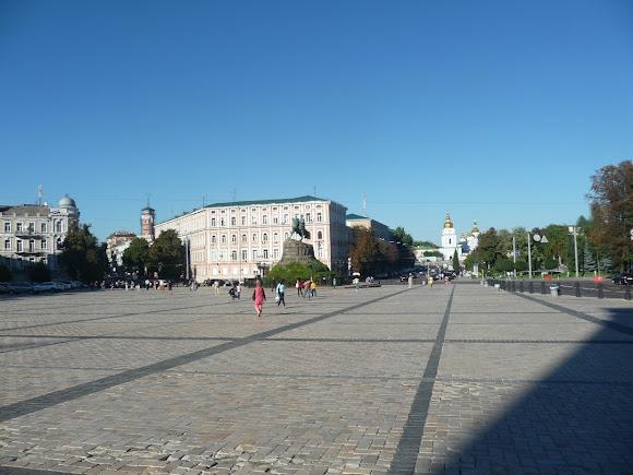 Киев. Софийская площадь
