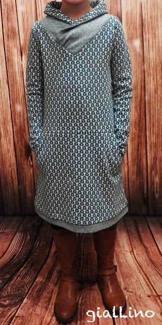 Jacquard Kleid für die kleine Lady