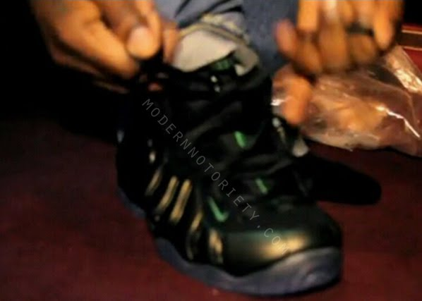 b718d53558f Detailed photos after the jump ..... Nike Air Foamposite Pro – Black – Dark  Pine