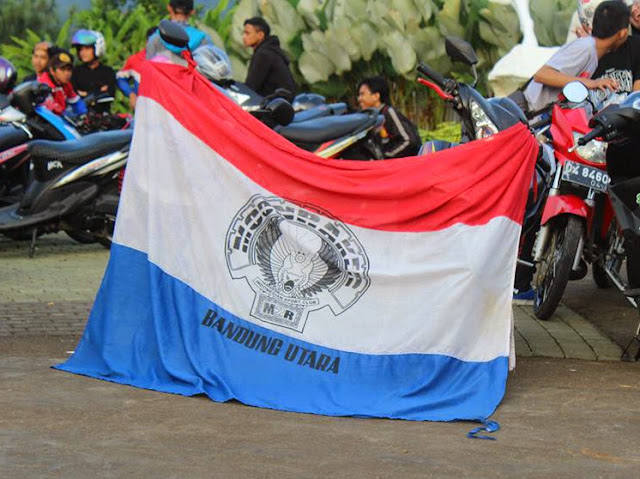 Bendera Moonraker