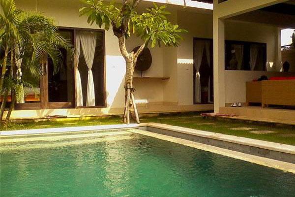 Jual Villa Umalas Kerobokan Bali
