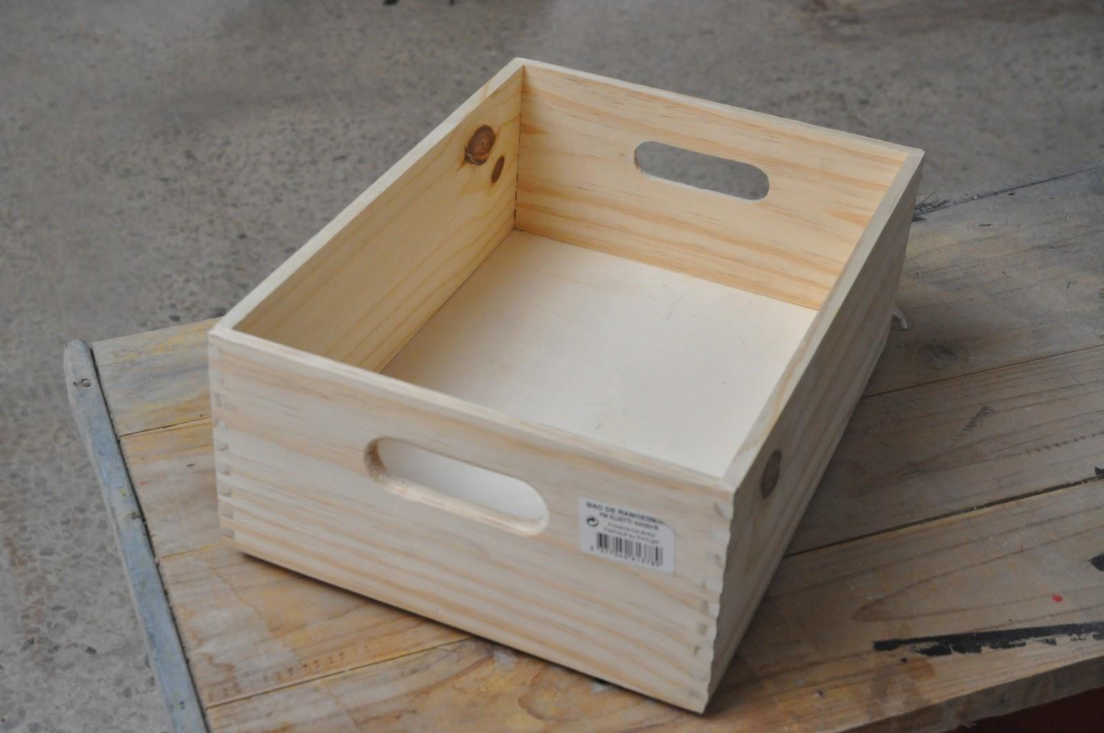 Esp ritu chamarilero estanter as con cajas de madera - Caja de frutas de madera ...