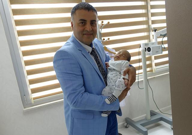Dr.Murat Enöz - Dil bağı ameliyatı - Dil bağı kesilmesi - Dil Bağı operasyonu - ENT Doctor İstanbul - Ekrem Toprak