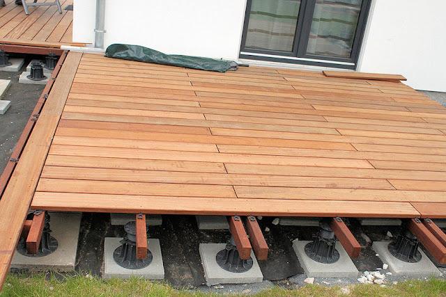 wir bauen ein haus ein jahr weiter terrassenbau. Black Bedroom Furniture Sets. Home Design Ideas