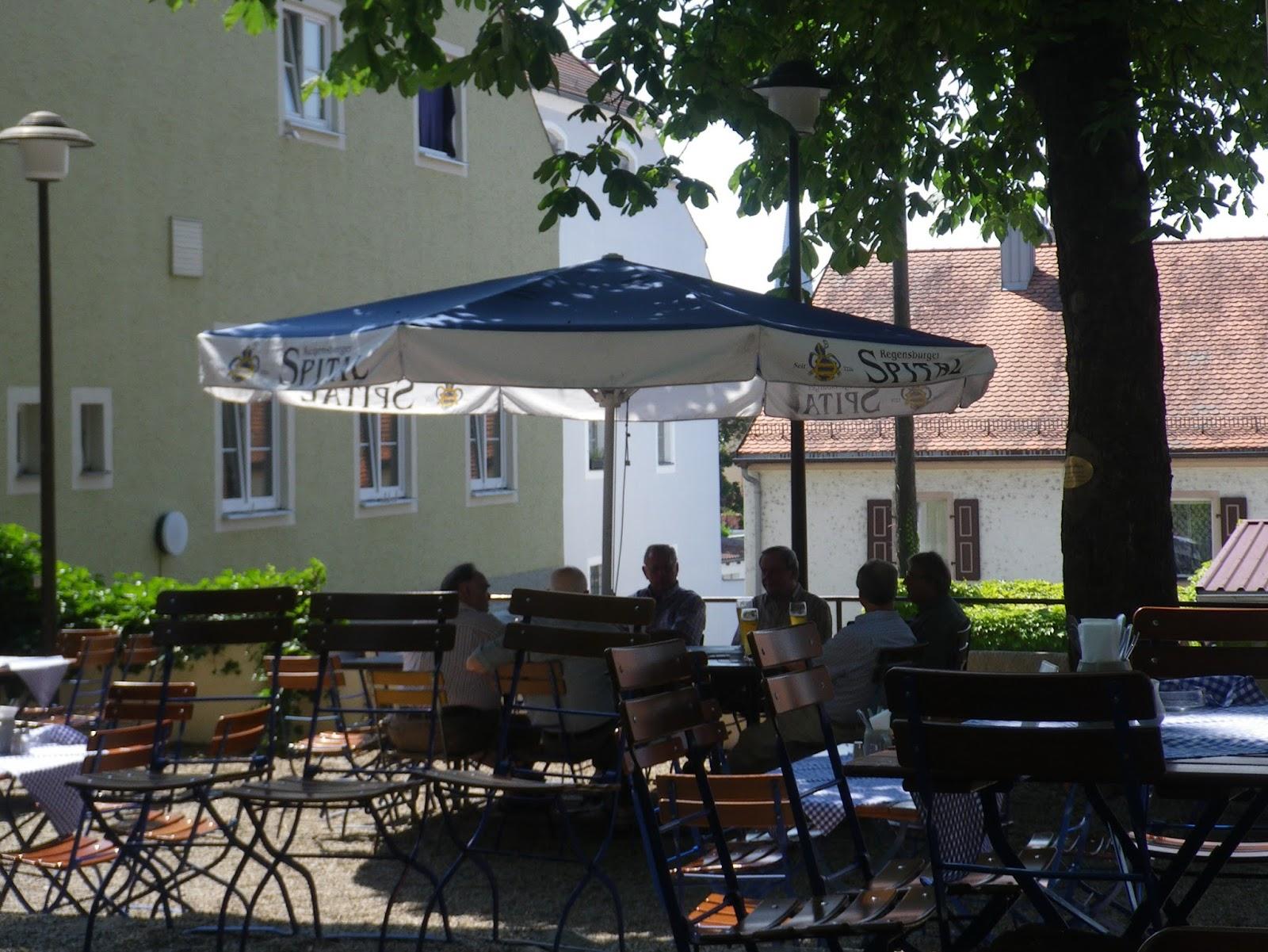 auswärts essen regensburg: Sonntagmittag im Spitalkeller zu Regensburg