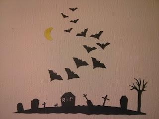 A halloween-i dekoráci már a helyn!