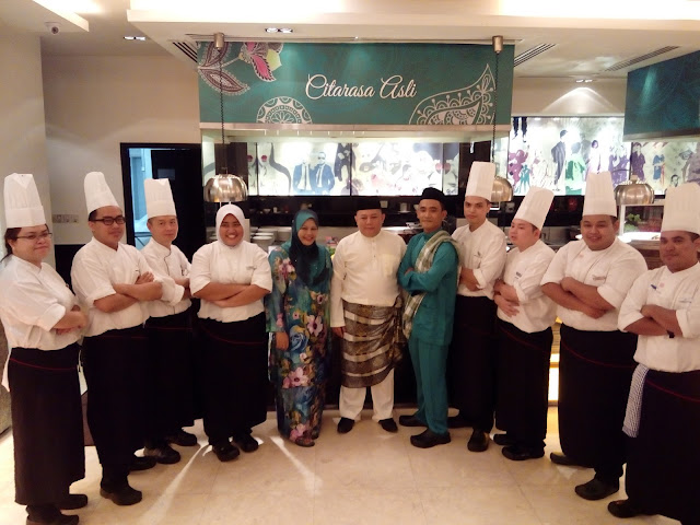 Staf Concorde Hotel Kuala Lumpur yang akan menrima kalian semua