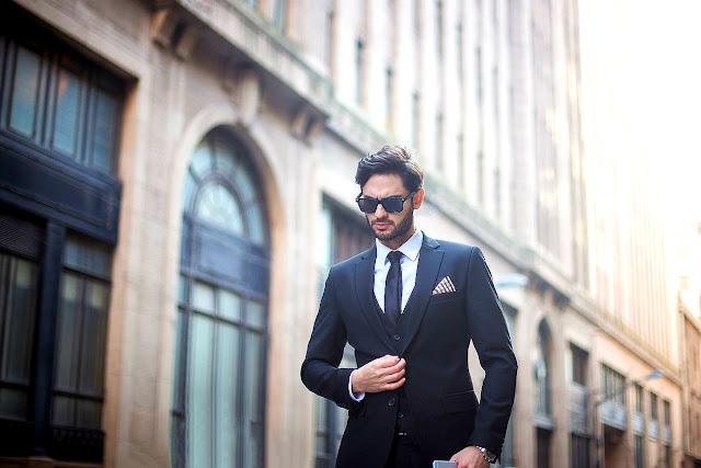 Τα κόλπα για να κάνεις ένα φθηνό κοστούμι να δείχνει αμέσως ακριβό