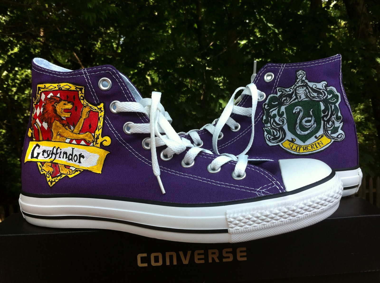 Get Your Kicks On Handpainted Shoes Gryffindor Amp Slytherin