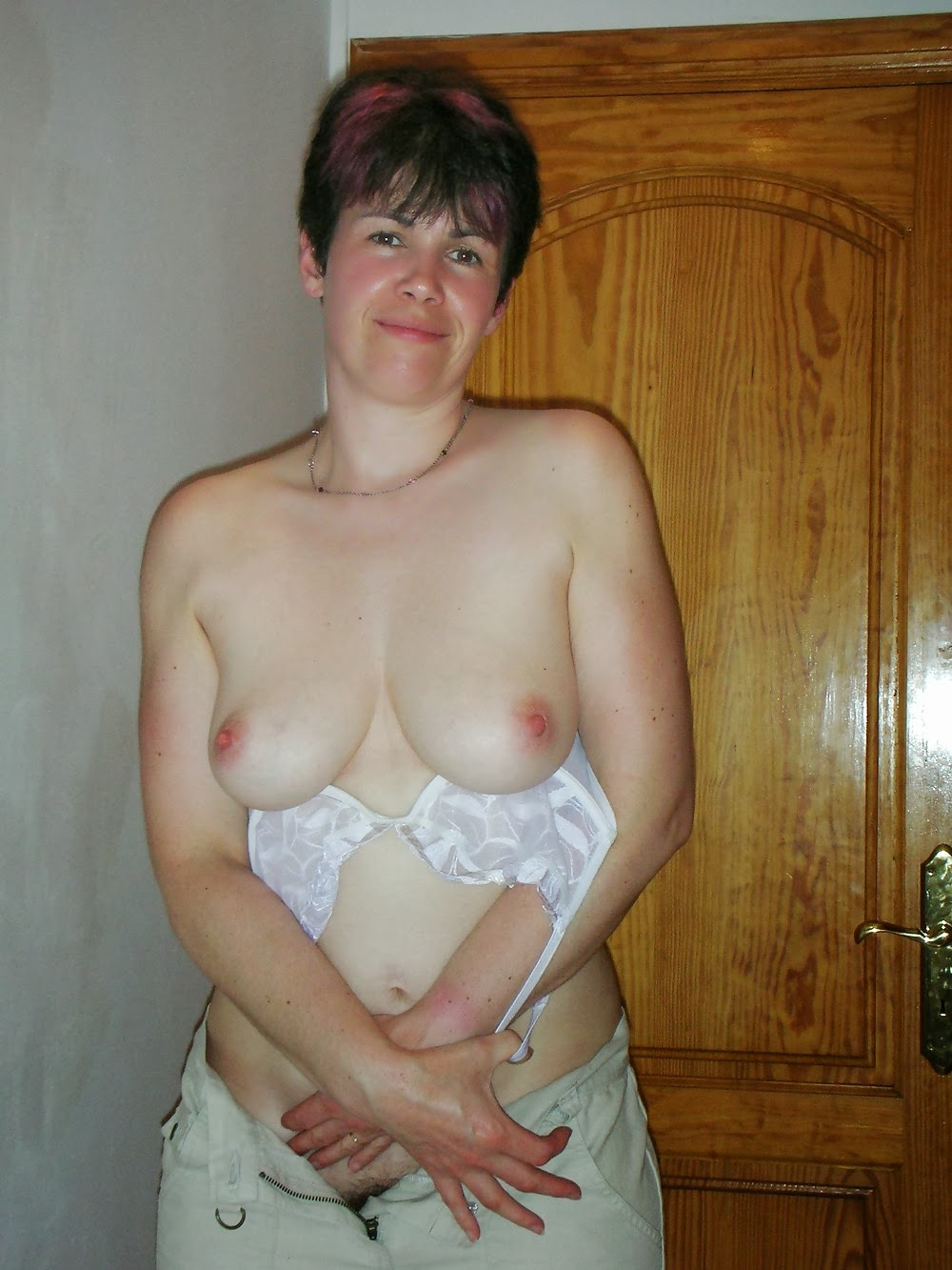 French old hairy amateur agnes compil 2