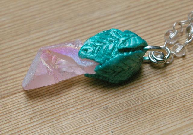 https://www.etsy.com/listing/570583988/pink-crystal-flower-pendant-clay-leafbud